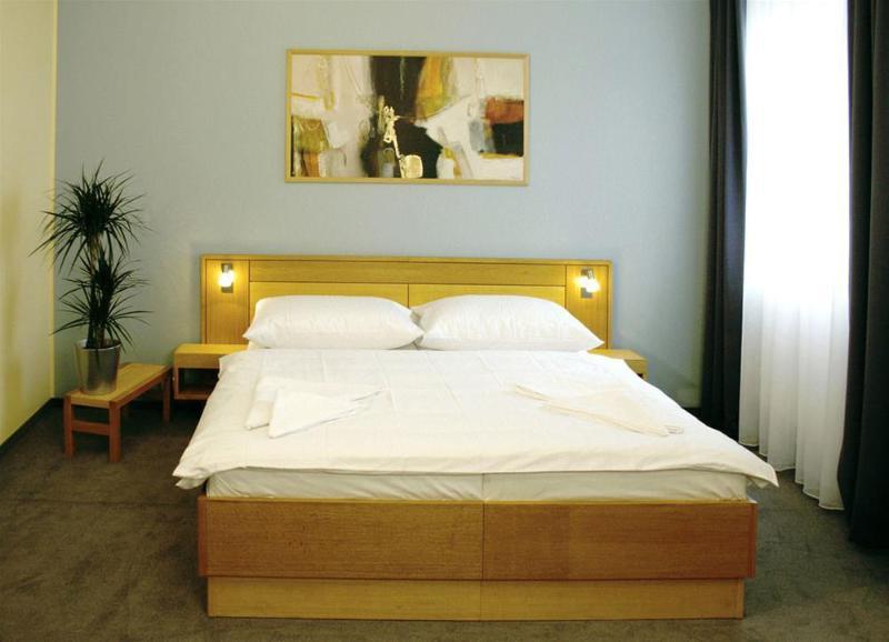 General view Best Western Hotel Trend
