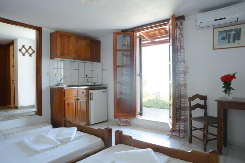 Room Ekati