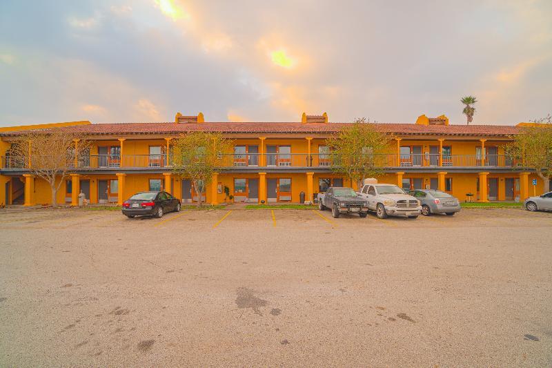 Rodeway Inn - Hotel - 2