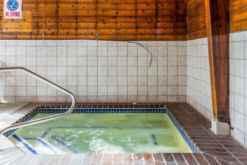 Econo Lodge North - Hotel - 2