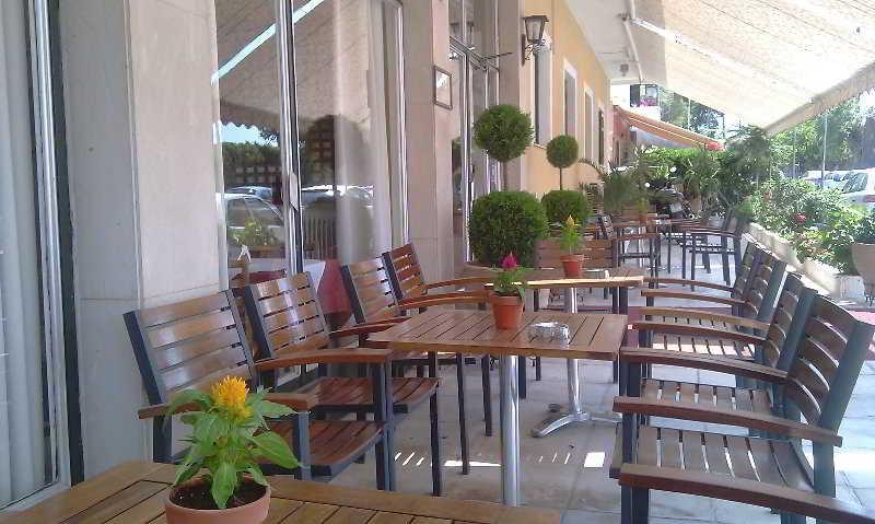 Terrace Dalia