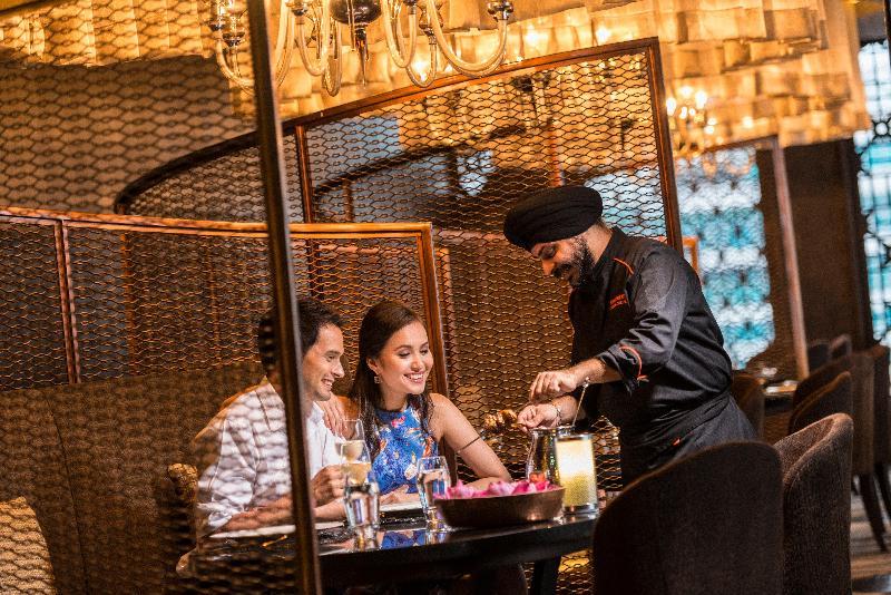 Restaurant Holiday Inn Bangkok Sukhumvit 22