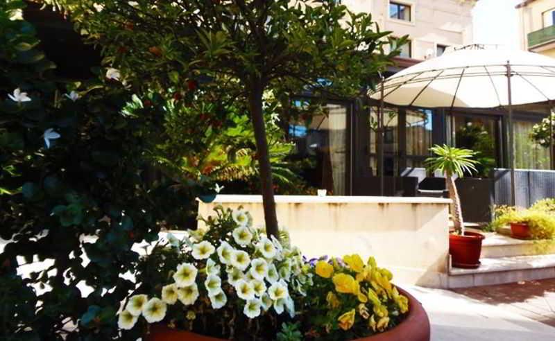 Terrace Hotel Residence Villa Cibele