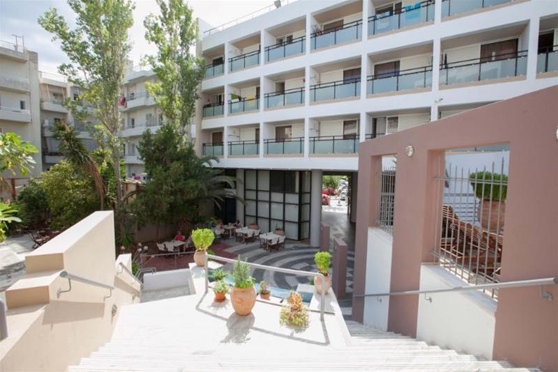 Santa Marina - Hotel - 5