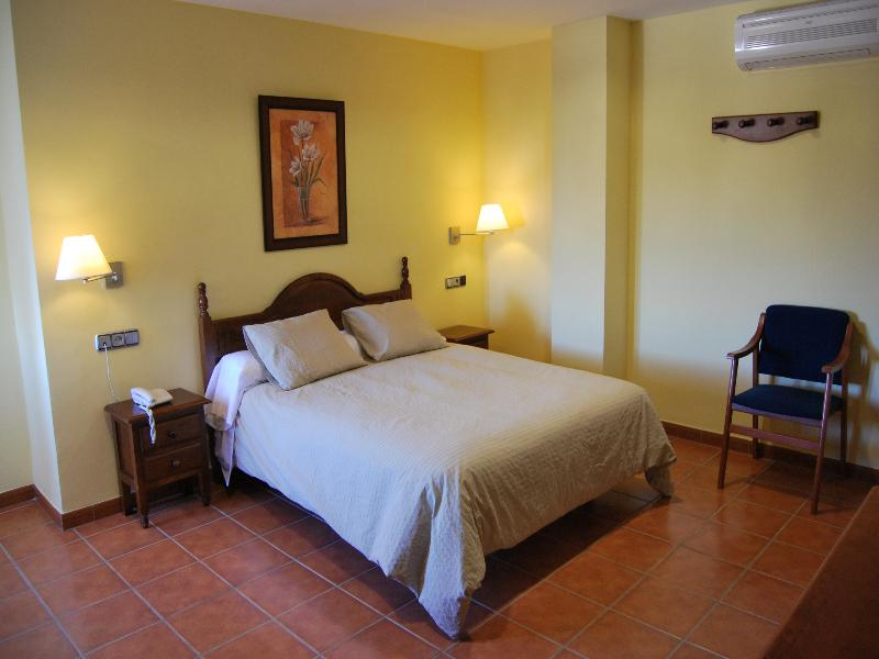 Hotel La Encina Centenaria - Room - 7