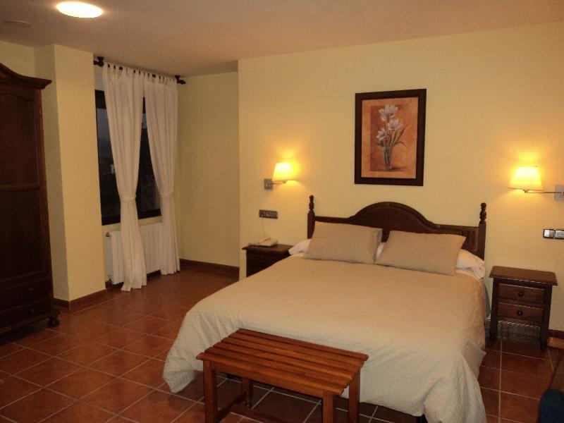 Hotel La Encina Centenaria - Room - 9