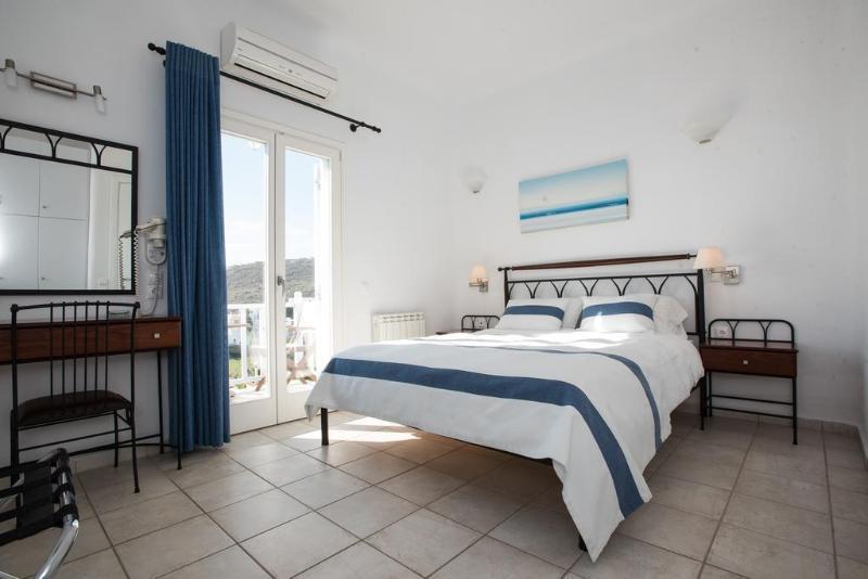 Villa Nireas - Hotel - 1