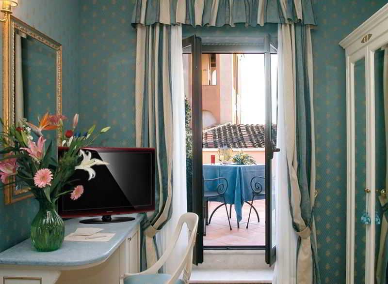 Room La Lumiere Di Piazza Di Spagna