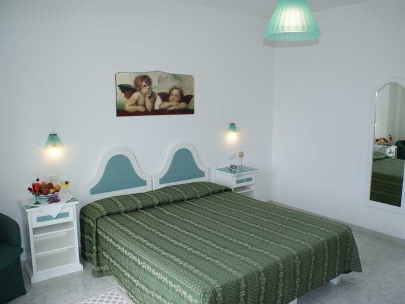 Room Hotel Ristorante La Tana