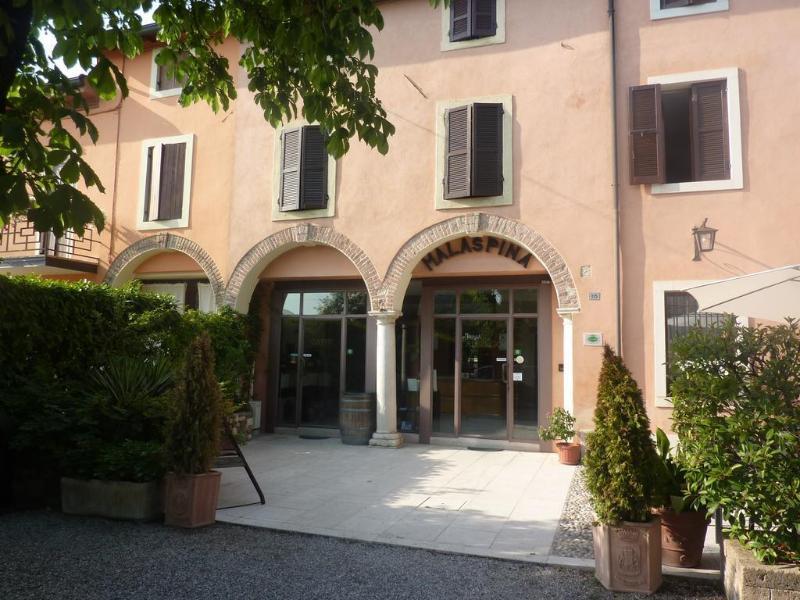 General view Albergo Corte Malaspina