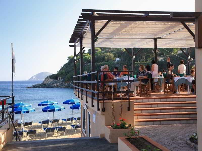 Terrace Hotel Desiree
