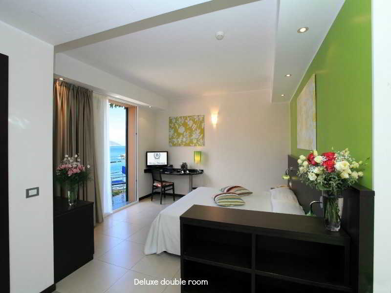 Room Hotel Desiree