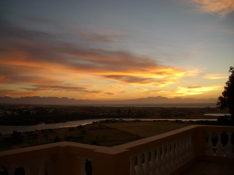 General view Colona Castle
