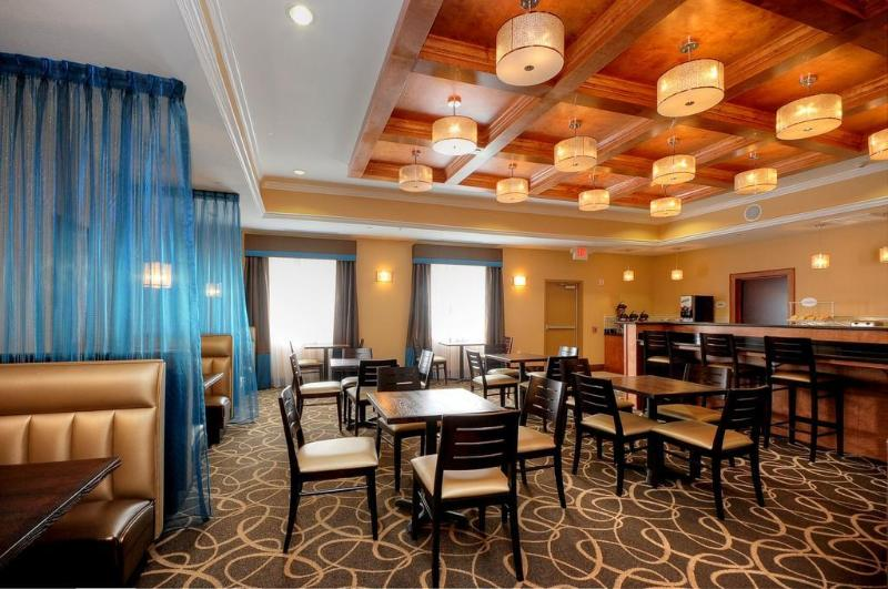 Comfort Suites at Katy Mills - Hotel - 1