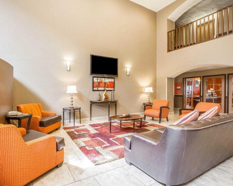 Comfort Inn & Suites - General - 8