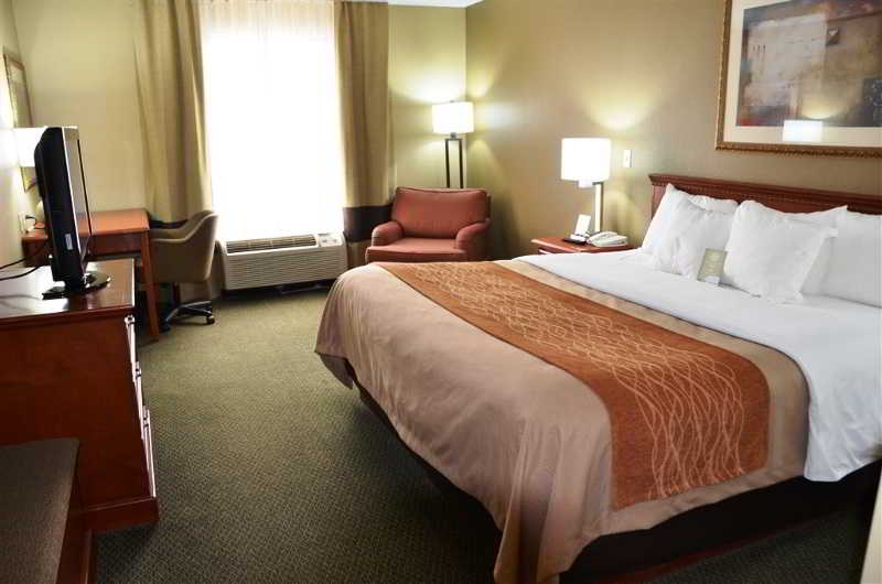 Room Comfort Inn Near Six Flags St. Louis