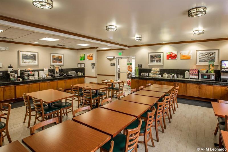 Quality Inn  Biltmore East - Hotel - 1