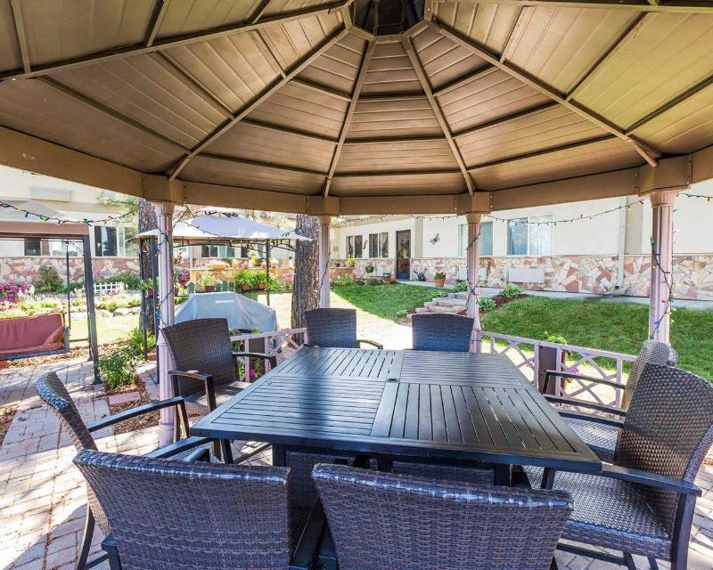 Econo Lodge - Terrace - 14