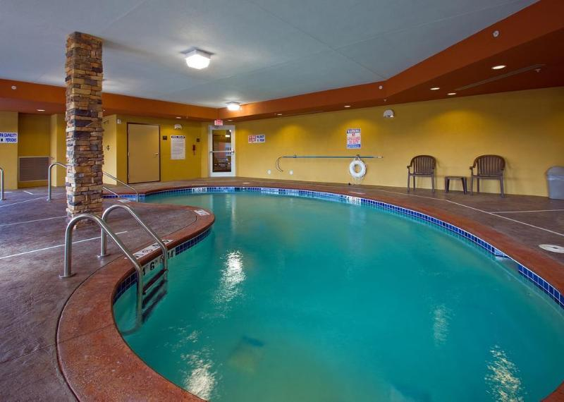 Suburban Extended Stay Hotel - Hotel - 2