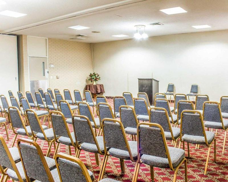 Econo Lodge - Conference - 11
