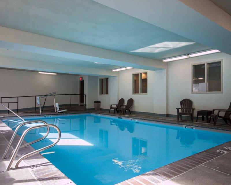 Pool Sleep Inn
