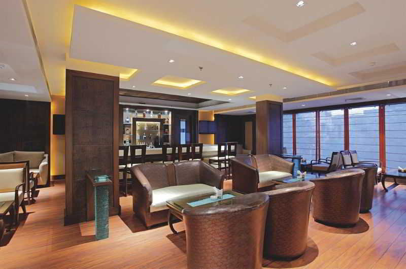 Bar Country Inn & Suites By Radisson, Amritsar, Queens