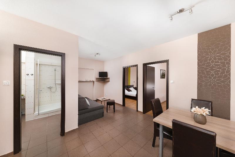 Room K9 Residence