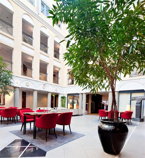 Master Johan Hotel (MJ'S)