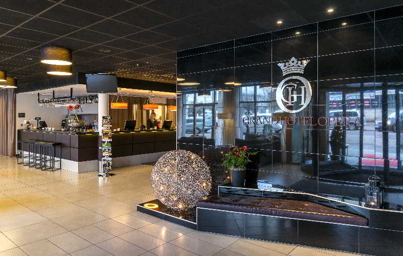 Grand hotel opera gothenburg cheap and budget grand hotel for Budget hotel gothenburg