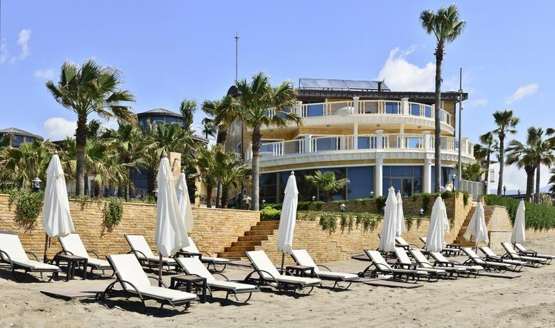 Villa Augusto Boutique Hotel & Spa - Pool - 2