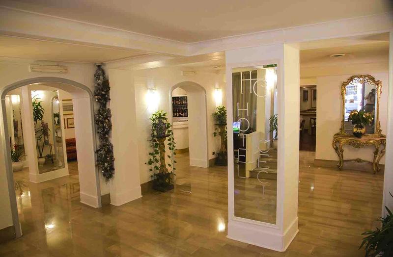 Lobby Hotel Cecil