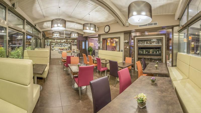Comfort Roma Airport Fiumicino - Restaurant - 12