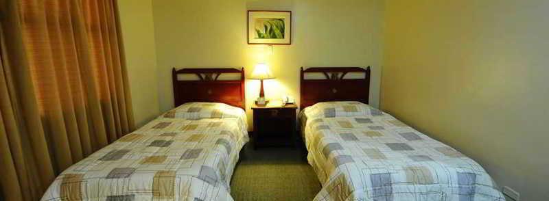 Regency Inn - Room - 1