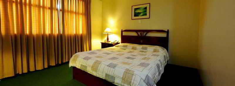Regency Inn - Room - 3
