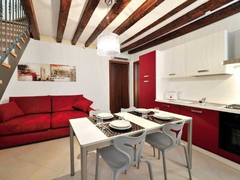 Room Residence Le Maschere