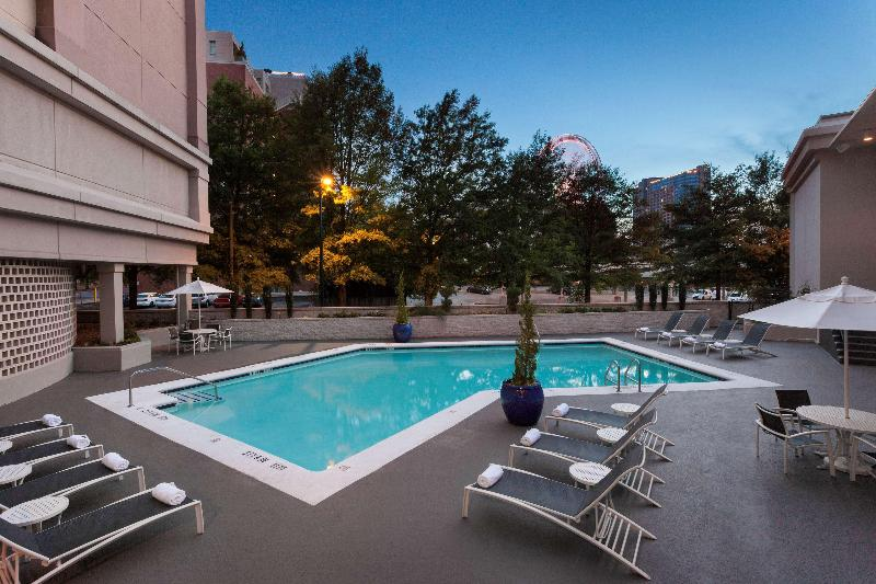 DoubleTree by Hilton Atlanta Downtown - Pool - 2