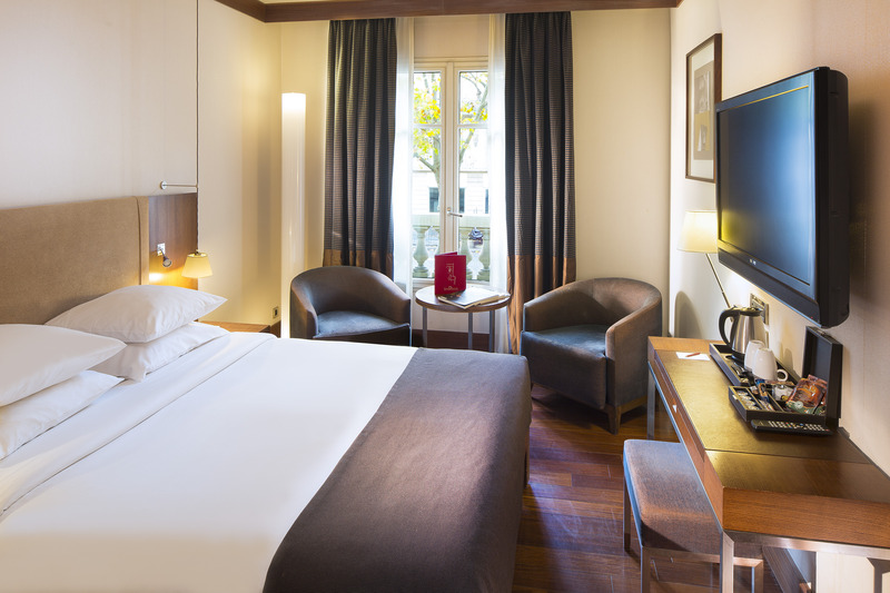Radisson Blu Paris Champs Elysees