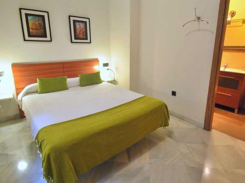 Living Sevilla Apartments