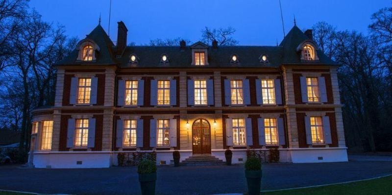 General view Chateau De Lhermitage