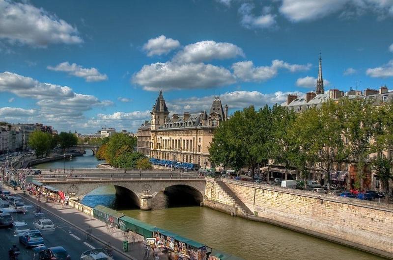 General view Les Rives De Notre Dame