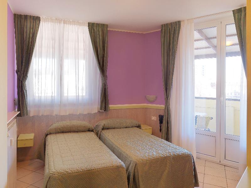 Room Hotel Arco Romana