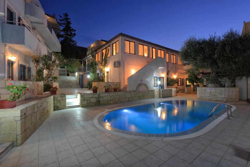 Stelva Villas - Pool - 10
