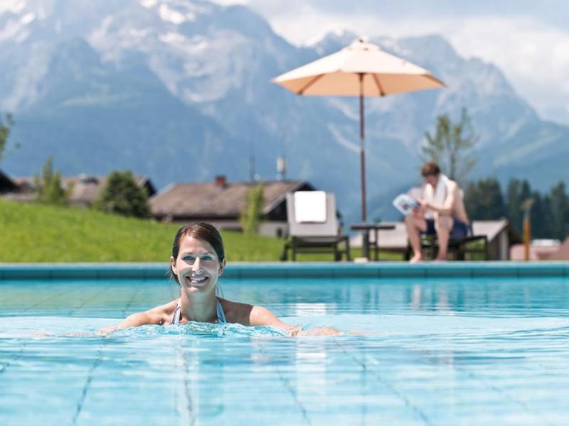 Pool Travel Charme Bergresort Werfenweng