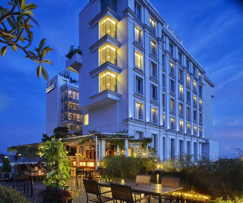 General view Jambuluwuk Malioboro Hotel Yogyakarta