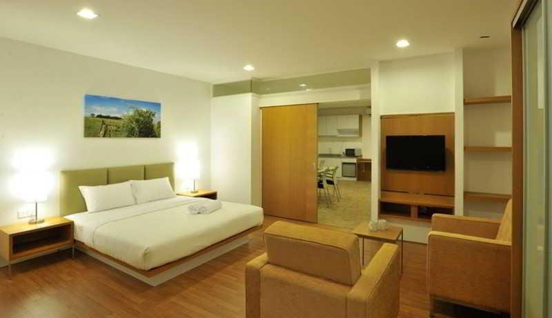 Primera Residences And Business Suites