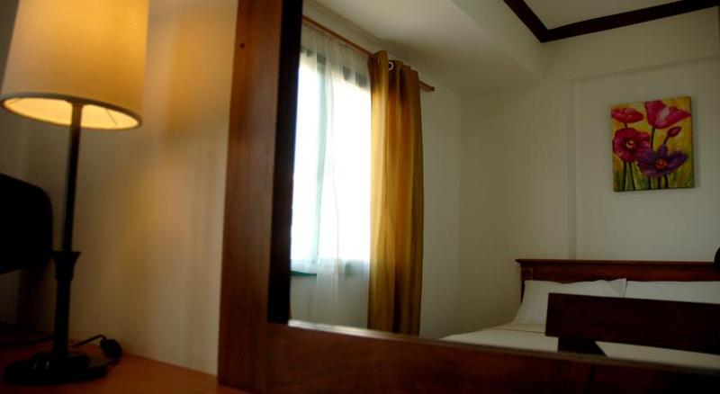 Isabelle Garden Hotel - Room - 8