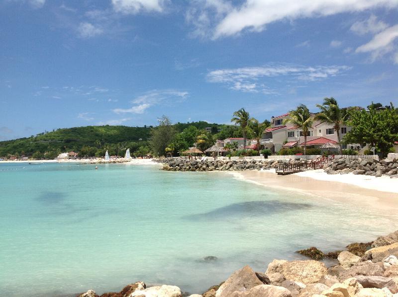 General view Antigua Village