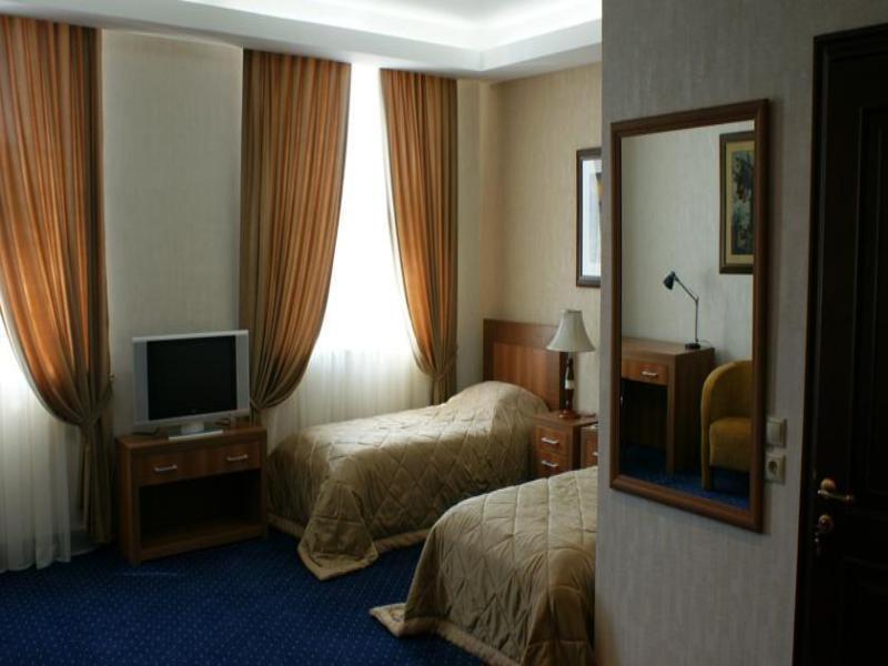 Room Atrium