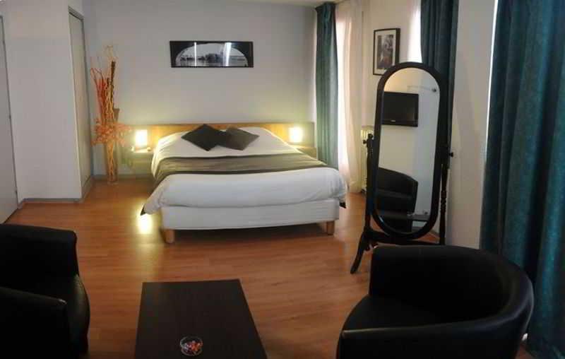 Room Castellane