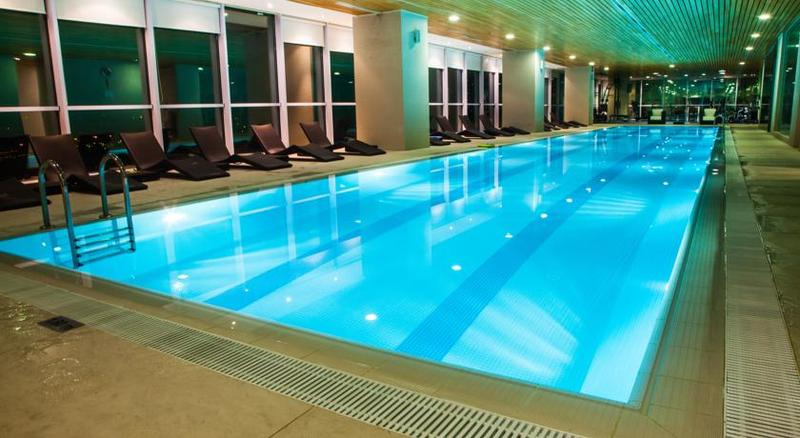 Pool Landmark Hotel